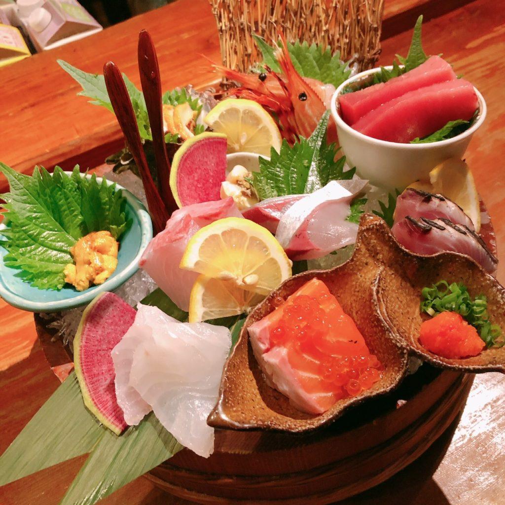 名物!鮮魚の桶盛り(9種盛り)