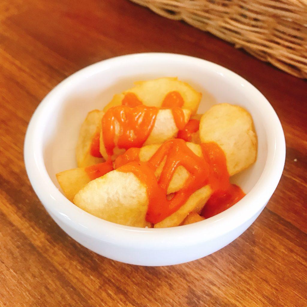 パタタスブラバス(ポテトフライのピリ辛ソース)